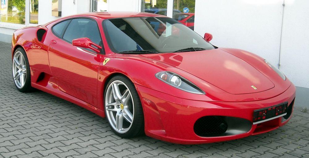 Ferrari F430 metade do preco